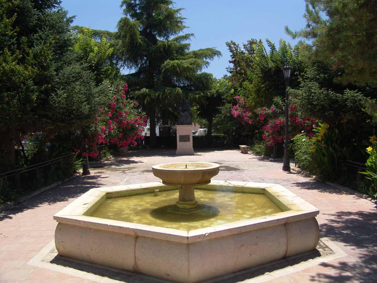 giardini con fontane fontane e fontanelle rubinetti e