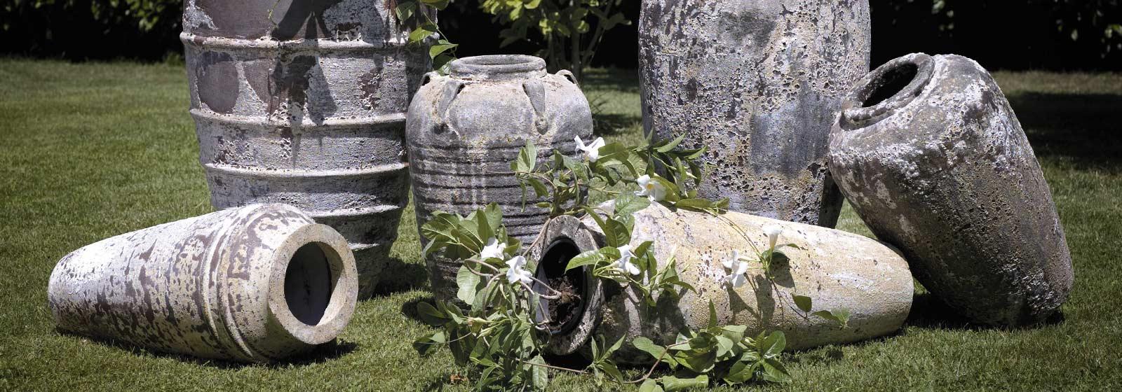 Vasi e anfore nuovi e antichi arredo giardini antichi - Giare da giardino ...